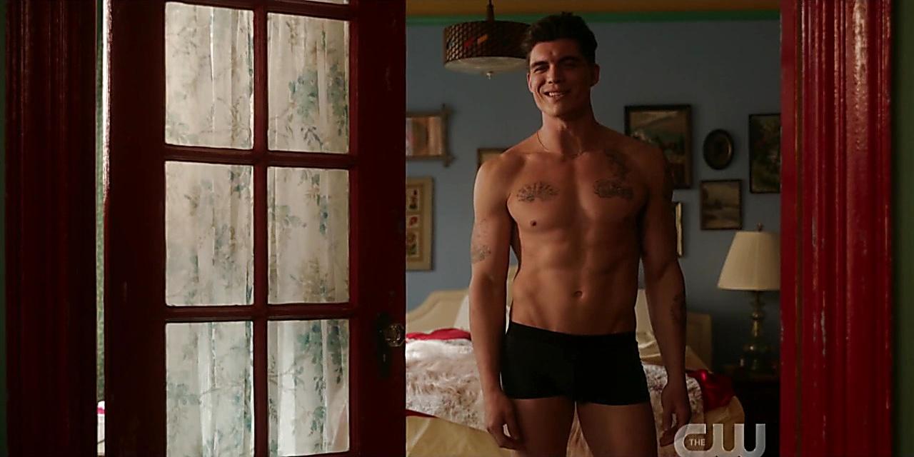 Zane Holtz sexy shirtless scene February 7, 2020, 6am