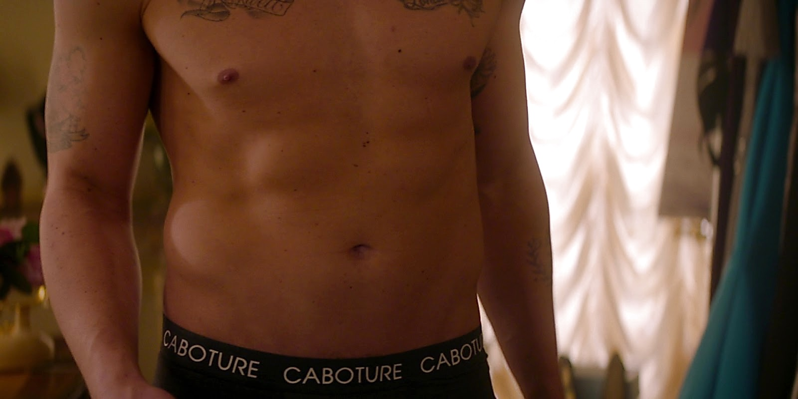 Zane Holtz sexy shirtless scene May 24, 2020, 11am