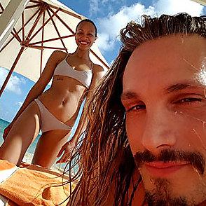 Zoe Saldana latest sexy shirtless December 15, 2015, 9pm