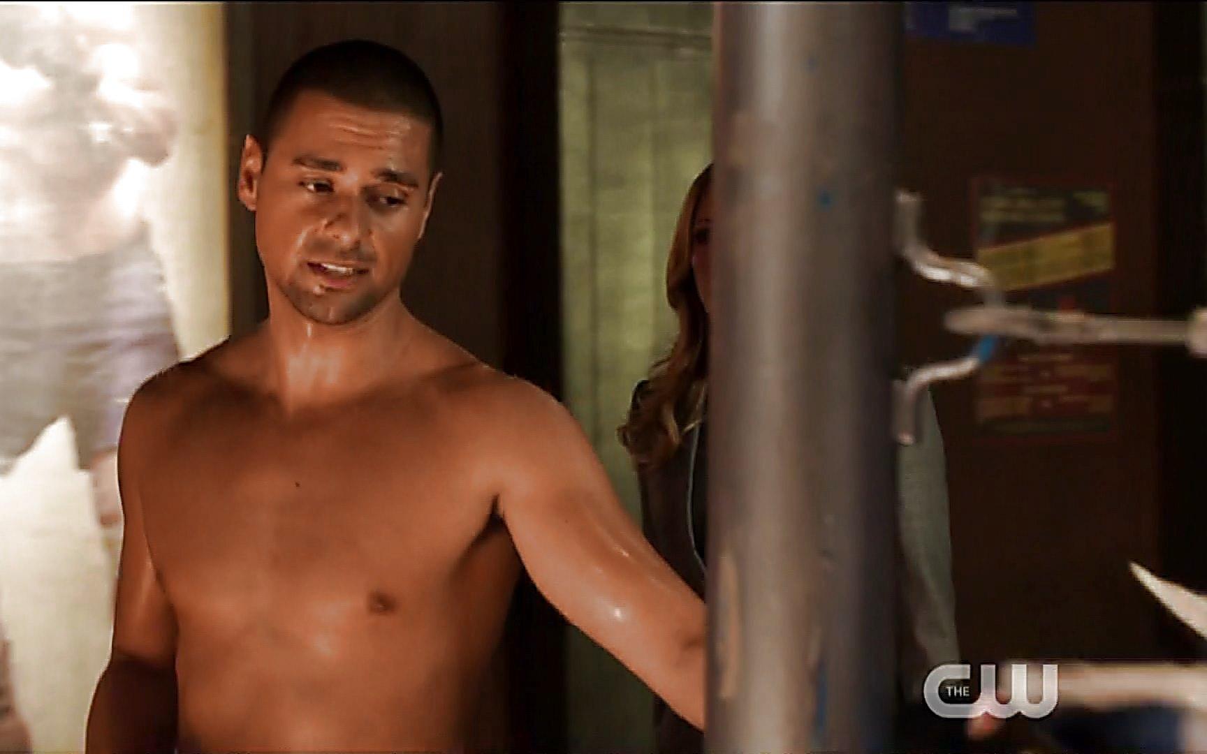Grant Gustin sexy shirtless scene November 2, 2014, 9pm