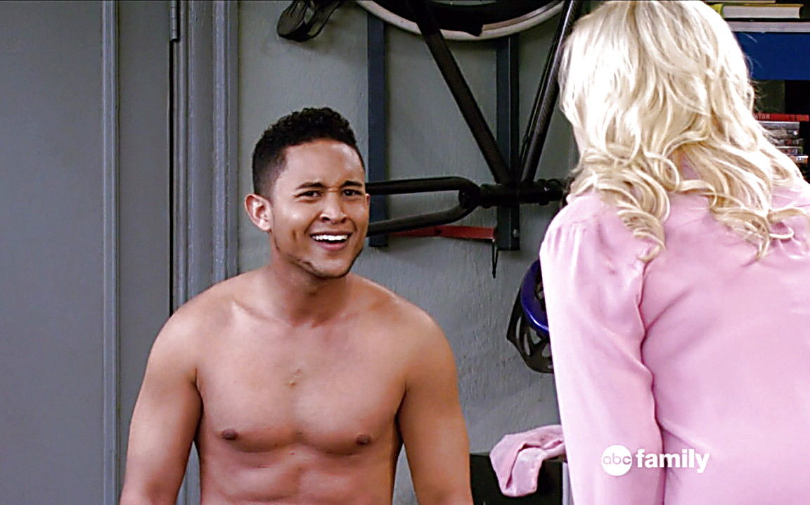 Tahj Mowry sexy shirtless scene June 22, 2014, 5pm