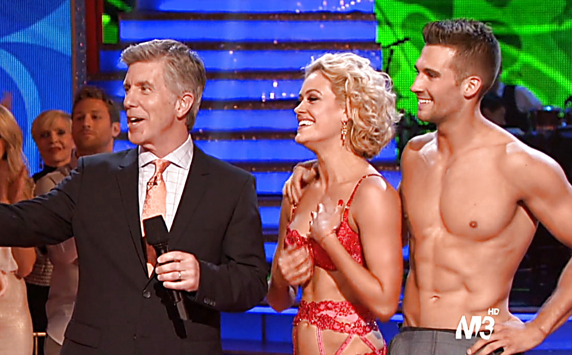 They get naked on argentina's dancing with the stars