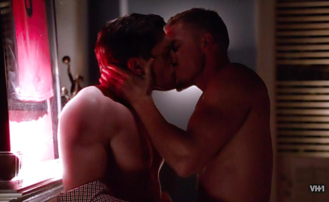 Adam Senn sexy shirtless scene August 3, 2014, 1am