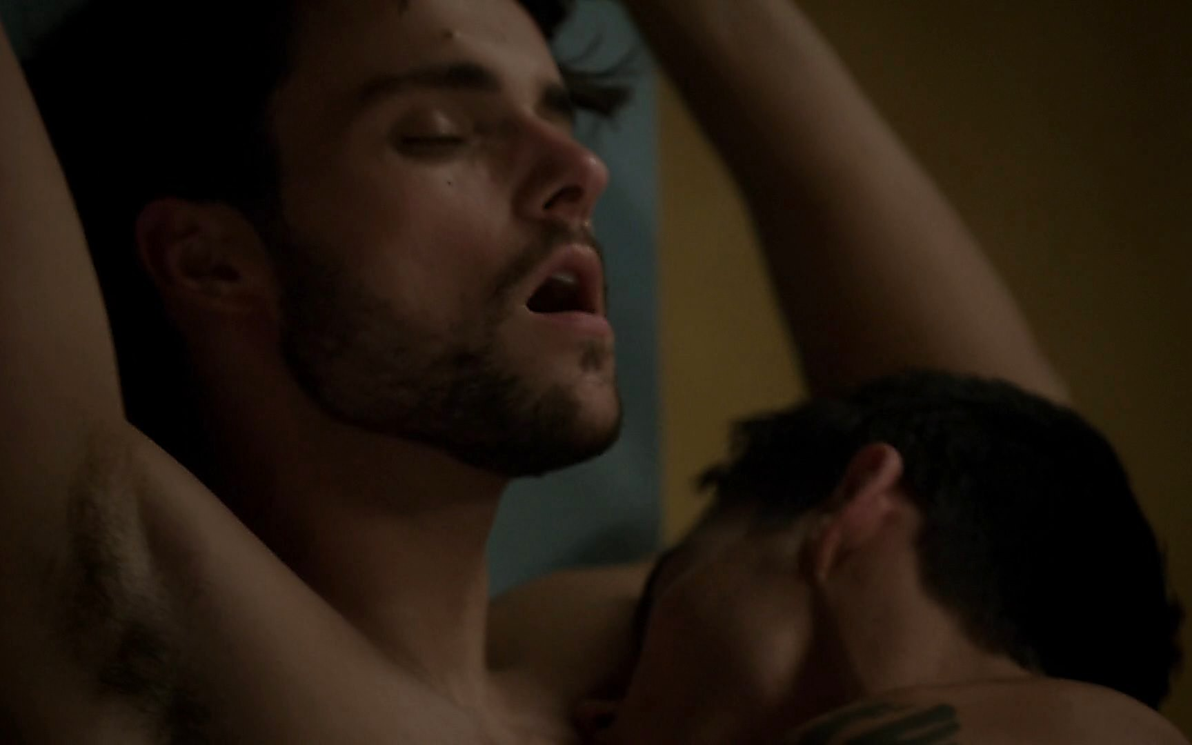 Charlie Weber sexy shirtless scene January 3, 2015, 11pm