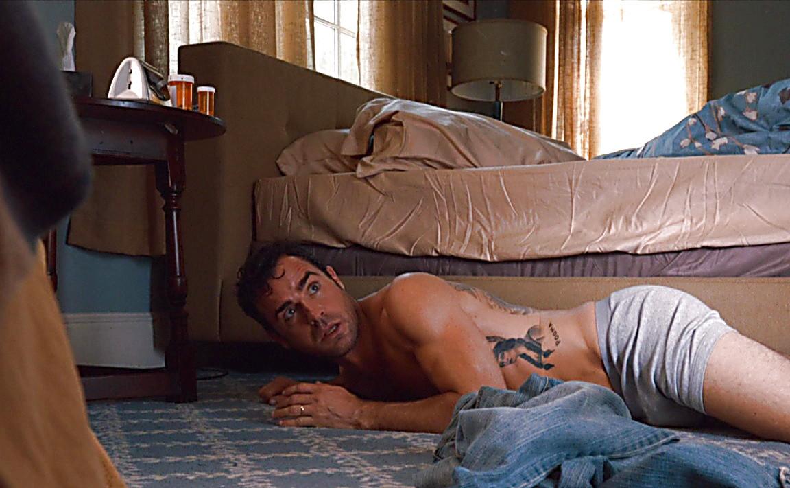 Chris Zylka sexy shirtless scene June 30, 2014, 12am