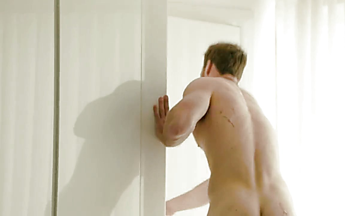 Derek Theler sexy shirtless scene November 2, 2014, 9pm