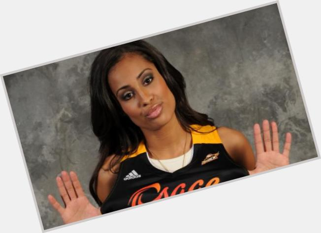 diggins black personals About skylar diggins-smith career transactions 2013: selected in the first round (3rd overall) by the tulsa shock in the 2013 wnba draft.