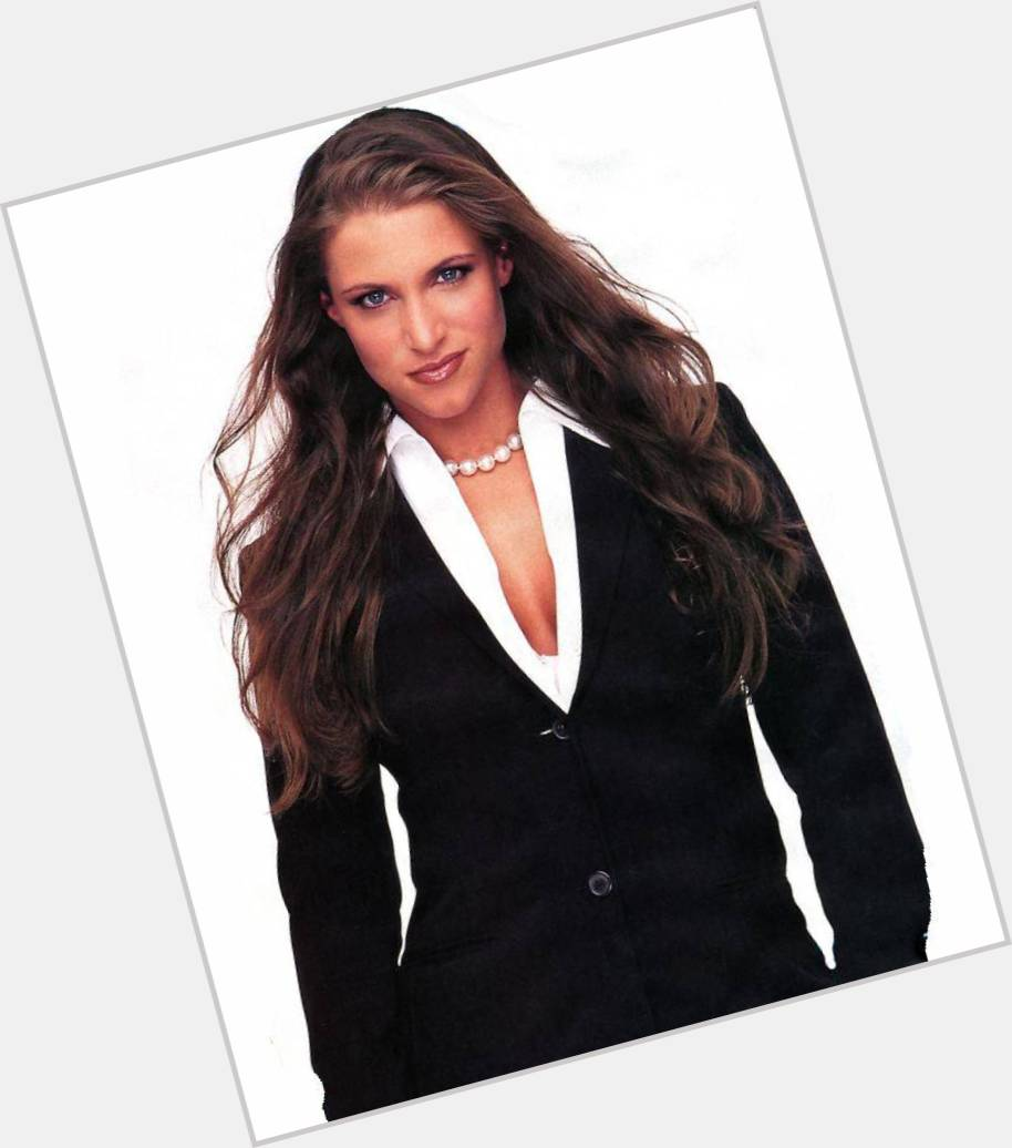 stephanie mcmahon helmsley new hairstyles 1.jpg
