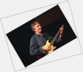 "<a href=""/hot-men/allan-holdsworth-musician/is-he-dead-where-buried-one"">Allan Holdsworth</a> Athletic body,  dark brown hair & hairstyles"