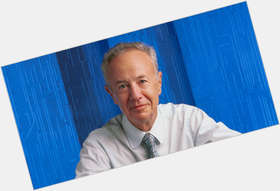 "<a href=""/hot-men/andrew-grove/news-photos"">Andrew Grove</a> Average body,  salt and pepper hair & hairstyles"
