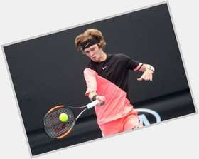 "<a href=""/hot-men/andrey-rublev/news-photos"">Andrey Rublev</a> Athletic body,  blonde hair & hairstyles"