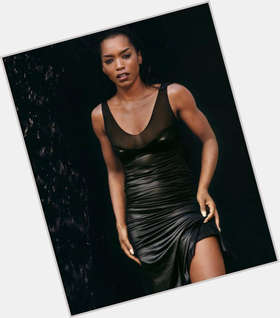 "<a href=""/hot-women/angela-bassett/is-she-american-horror-story-still-married-divorce"">Angela Bassett</a> Athletic body,  black hair & hairstyles"