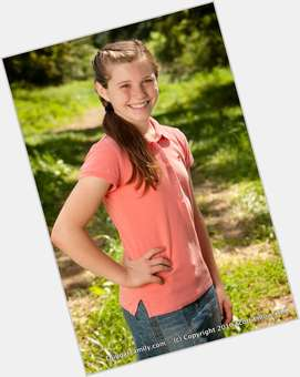 "<a href=""/hot-women/anna-keller/news-photos"">Anna Duggar</a> Average body,  dark brown hair & hairstyles"