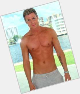 Ashley Parker Angel blonde hair & hairstyles Athletic body,