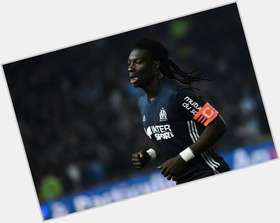 "<a href=""/hot-men/bafetimbi-gomis/news-photos"">Bafetimbi Gomis</a> Athletic body,  black hair & hairstyles"
