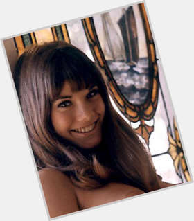 "<a href=""/hot-women/barbi-benton/is-she-still-alive-married-george-gradow-bentons"">Barbi Benton</a> Slim body,  dark brown hair & hairstyles"