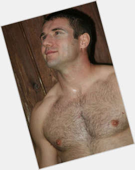 Ben Cohen light brown hair & hairstyles Athletic body,