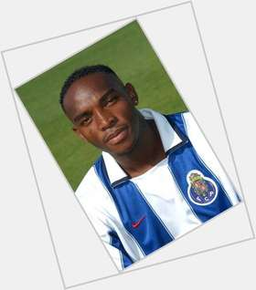 "<a href=""/hot-men/benni-mccarthy/is-he-married-rich-still-alive-died-what"">Benni Mccarthy</a> Athletic body,  black hair & hairstyles"