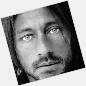 Bob Sinclar light brown hair & hairstyles Athletic body,