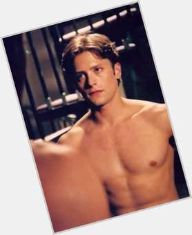 "<a href=""/hot-men/brett-cullen/is-he-married-tall"">Brett Cullen</a> Athletic body,  light brown hair & hairstyles"