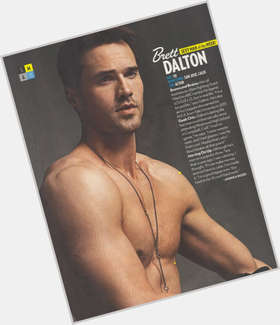 "<a href=""/hot-men/brett-dalton/is-he-married-season-2-single"">Brett Dalton</a> Athletic body,  black hair & hairstyles"