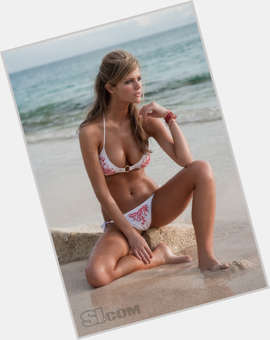 Brooklyn Decker blonde hair & hairstyles Voluptuous body,