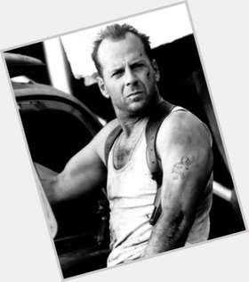 "<a href=""/hot-men/bruce-willis/is-he-left-handed-republican-married-bald-pulp"">Bruce Willis</a> Athletic body,  bald hair & hairstyles"