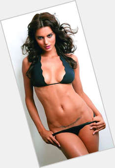 "<a href=""/hot-women/catrinel-menghia/is-she-married-what-saying-fiat-commercial-dating"">Catrinel Menghia</a> Slim body,  dark brown hair & hairstyles"