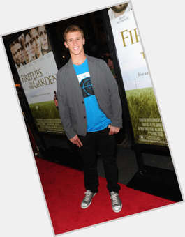 "<a href=""/hot-men/cayden-boyd/is-he-dating-tall"">Cayden Boyd</a> Average body,  blonde hair & hairstyles"