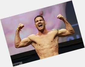 "<a href=""/hot-men/chris-weidman/is-he-retired-and-stephen-thompson-related-married"">Chris Weidman</a> Athletic body,  dark brown hair & hairstyles"
