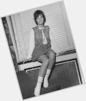 "<a href=""/hot-women/claudine-longet/is-she-still-alive-living-married-where-today"">Claudine Longet</a> Slim body,  dark brown hair & hairstyles"