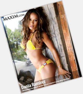 "<a href=""/hot-women/dania-ramirez/is-she-married-black-pregnant-single-entourage-season"">Dania Ramirez</a> Athletic body,  dark brown hair & hairstyles"