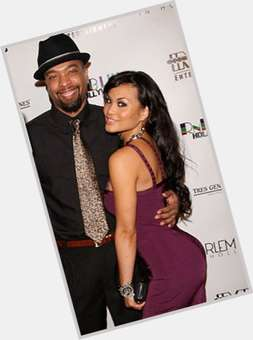 "<a href=""/hot-men/deray-davis/is-he-dominican-mixed-married-funny-power-play"">Deray Davis</a> Average body,  dark brown hair & hairstyles"