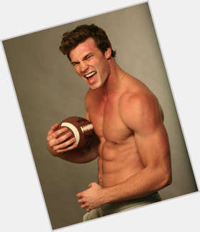 Derek Theler light brown hair & hairstyles Athletic body,