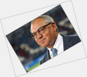 "<a href=""/hot-men/felix-magath/news-photos"">Felix Magath</a> Average body,  salt and pepper hair & hairstyles"