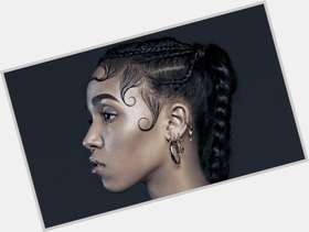 "<a href=""/hot-women/fka-twigs/where-dating-news-photos"">Fka Twigs</a> Slim body,  black hair & hairstyles"