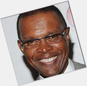 Gale Sayers dark brown hair & hairstyles Athletic body,