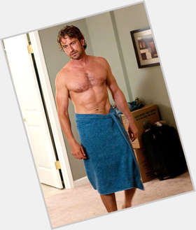 "<a href=""/hot-men/gerard-butler/is-he-hobbit-married-single-christian-300-rise"">Gerard Butler</a> Athletic body,  light brown hair & hairstyles"
