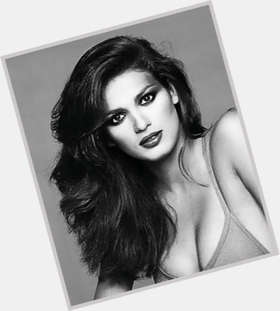 "<a href=""/hot-women/gia-carangi/is-she-mother-still-alive-mom-where-buried"">Gia Carangi</a> Slim body,  light brown hair & hairstyles"