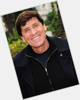 "<a href=""/hot-men/gianni-morandi/where-dating-news-photos"">Gianni Morandi</a> Average body,  light brown hair & hairstyles"