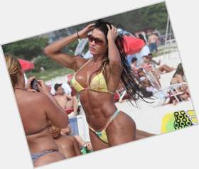 Gracyanne Barbosa black hair & hairstyles Athletic body,