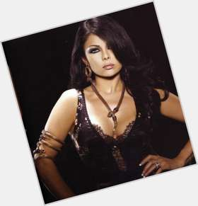 "<a href=""/hot-women/haifa-wehbe/is-she-married-still-muslim-or-christian-shia"">Haifa Wehbe</a> Average body,  dark brown hair & hairstyles"