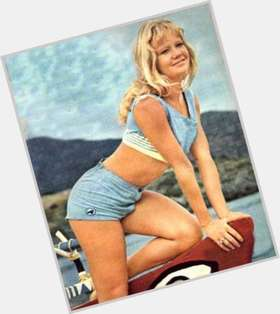 "<a href=""/hot-women/hayley-mills/is-she-twin-alive-wild-heart-vegetarian-still"">Hayley Mills</a> Slim body,  blonde hair & hairstyles"