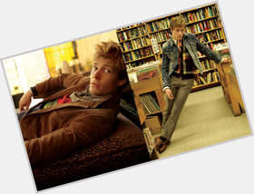 Hunter Parrish blonde hair & hairstyles Athletic body,