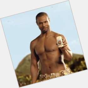 "<a href=""/hot-men/isaiah-mustafa/is-he-married-grey-anatomy-gears-war-3"">Isaiah Mustafa</a> Bodybuilder body,  black hair & hairstyles"