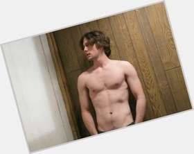 "<a href=""/hot-men/jackson-rathbone/is-he-related-basil-married-grown-ups-2"">Jackson Rathbone</a> Athletic body,  dark brown hair & hairstyles"