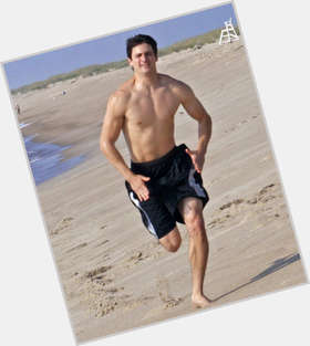 "<a href=""/hot-men/james-lafferty/is-he-single-married-actually-good-basketball-real"">James Lafferty</a> Athletic body,  dark brown hair & hairstyles"