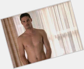 Jay Ryan dark brown hair & hairstyles Athletic body,