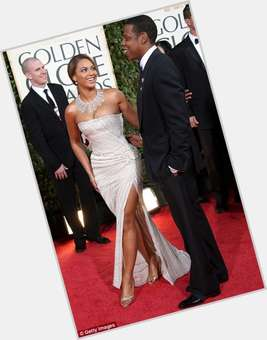 "<a href=""/hot-men/jay-z/is-he-mason-illuminati-christian-satanist-married-beyonce"">Jay Z</a> Average body,  black hair & hairstyles"