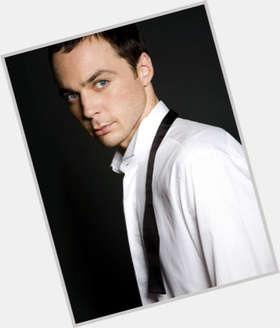 "<a href=""/hot-men/jim-parsons/is-he-gay-smart-really-bald-wikipedia-relationship"">Jim Parsons</a> Slim body,  light brown hair & hairstyles"